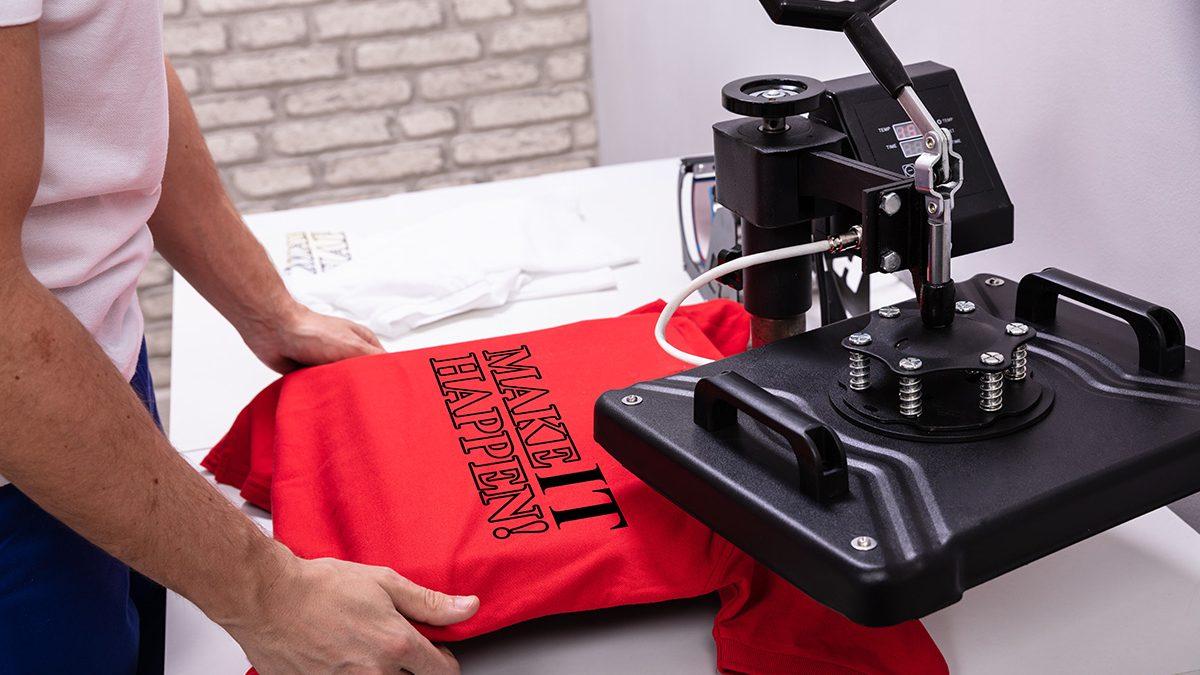 Nadruk na koszulce - od czego zależy koszt? - Multicolor